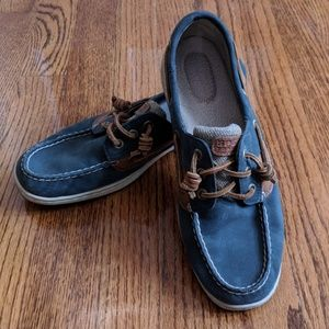 Sperry Ivyfish Navy and Tan Boat Shoe